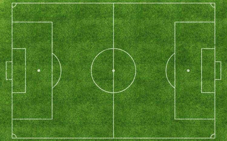 足球场人造草坪与足球场天然草坪优劣对比