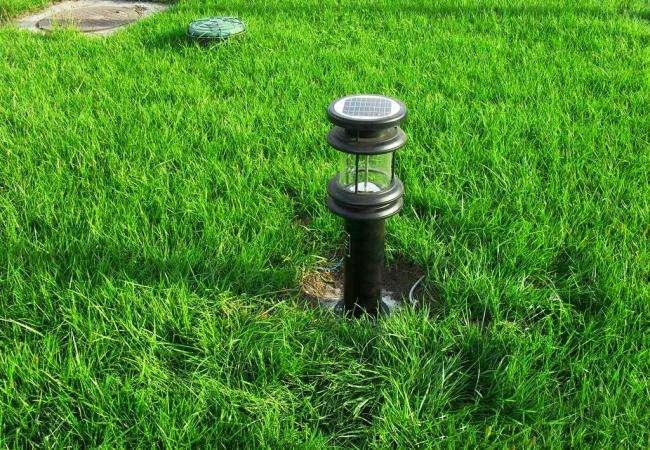 河南太阳能路灯草坪灯图片