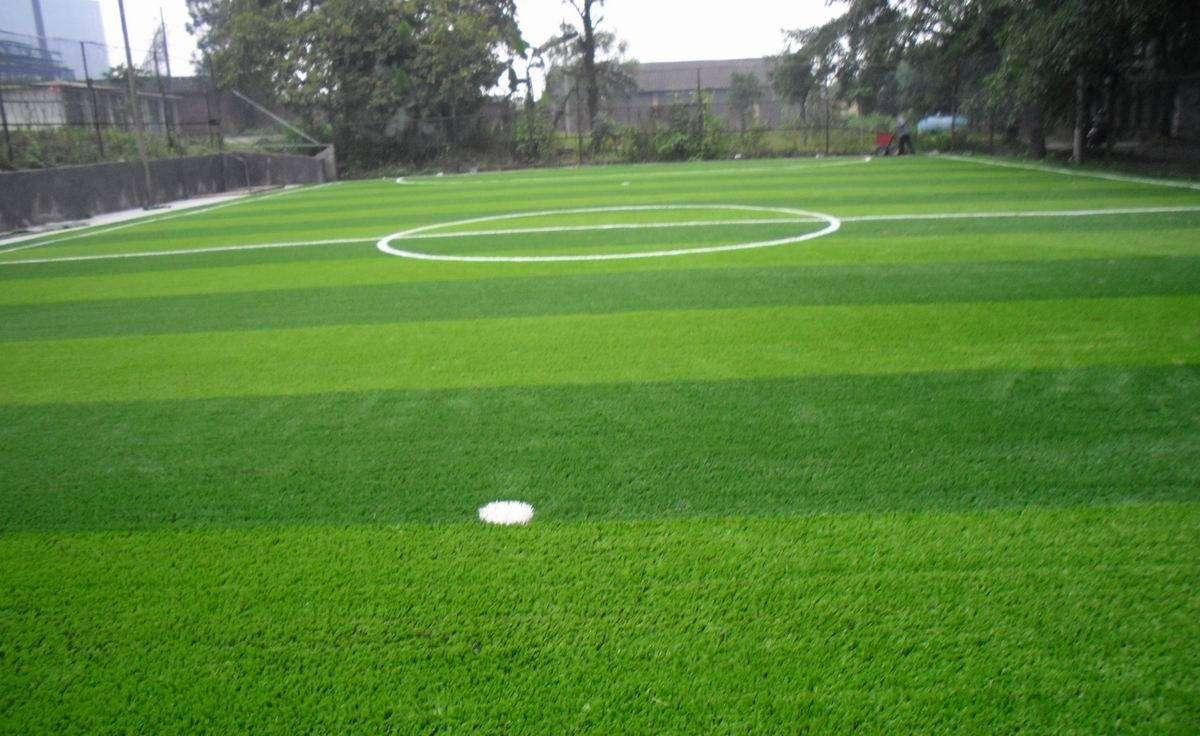 如何区分优劣人造草坪