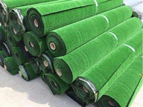 人造草的清洁维护和保养