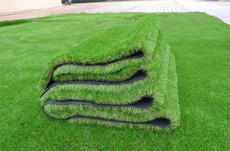 人造草皮多少钱