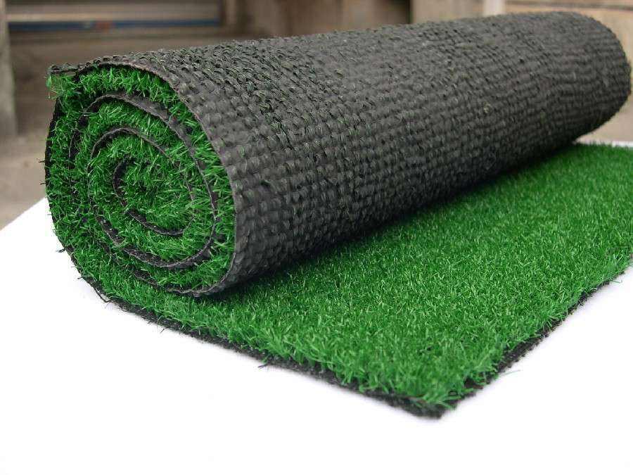 人造草与天然草养护维护